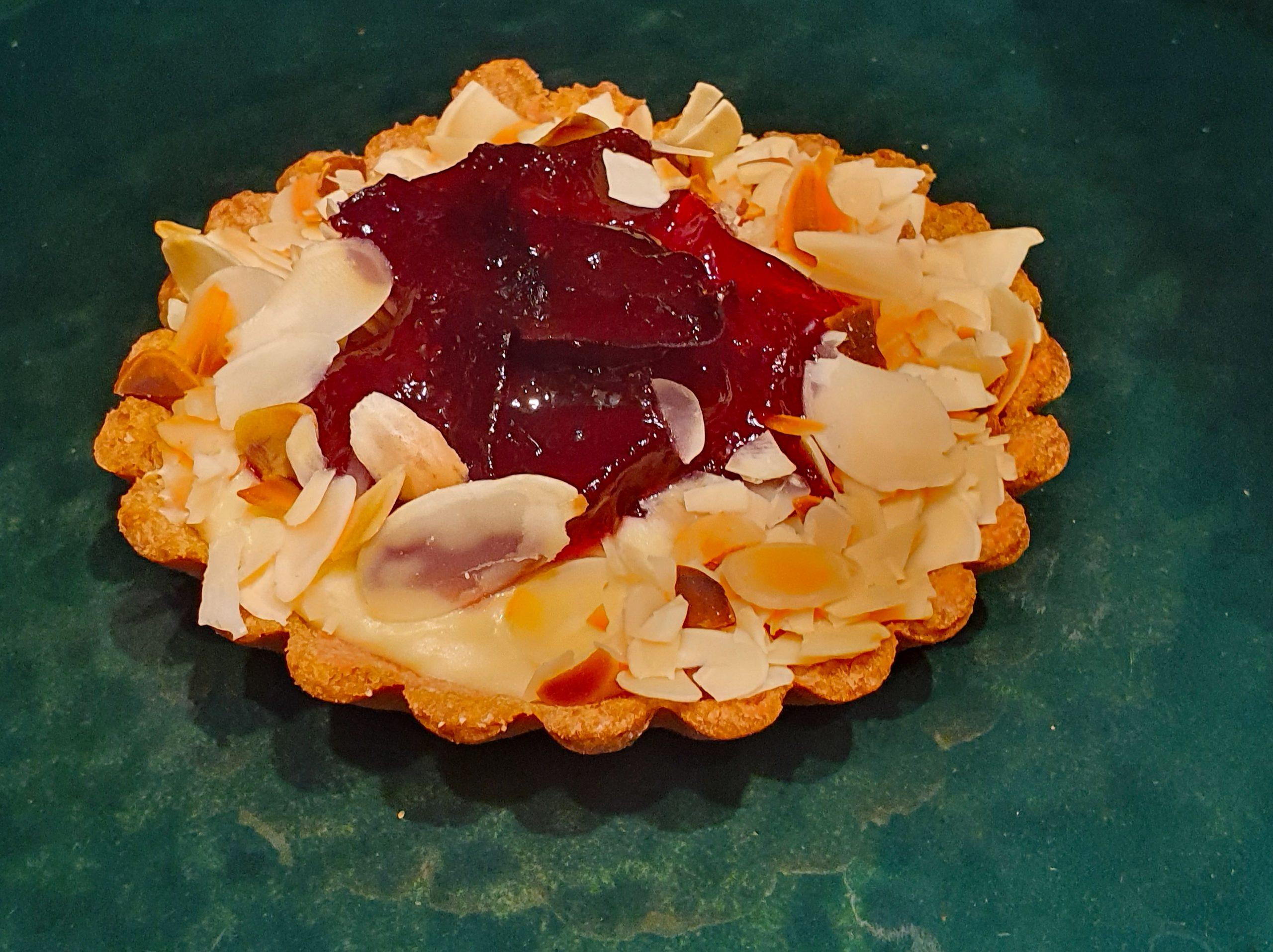 Tartaletė su slyvomis (maža) (2 vnt)