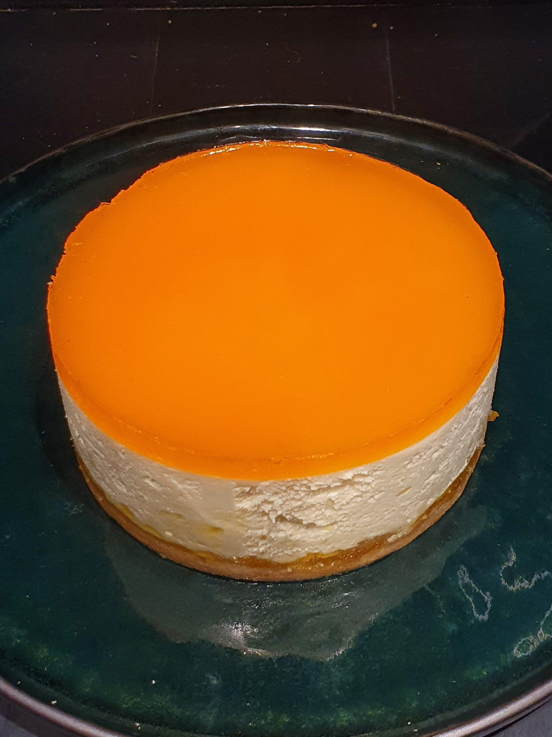 Apelsinų - sūrio tortas